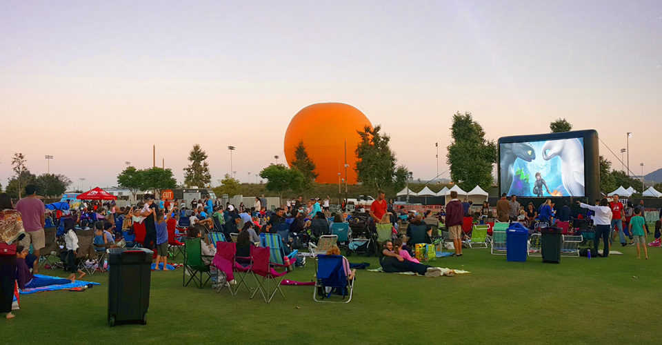 Movies on the Lawn: 'Little Giants'
